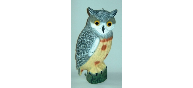 Plastic Owl Bird Repellent Scarer